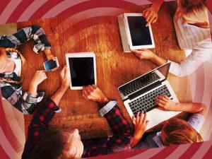 اتصال اعضای خانواده به یک شبکه بیسیم